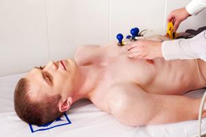 EKG bei Herz-Rhythmus-Störungen (©123rf.com)