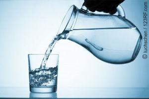 Wasser trinken ist Genuss! (©123rf.com)