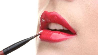 Rote gepflegte Lippen sind die pure Verführung! Doch wer denkt beim Lippenstift an Gift?